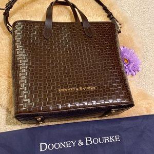 Dooney & Bourke Liliana handbag w/ shoulder strap